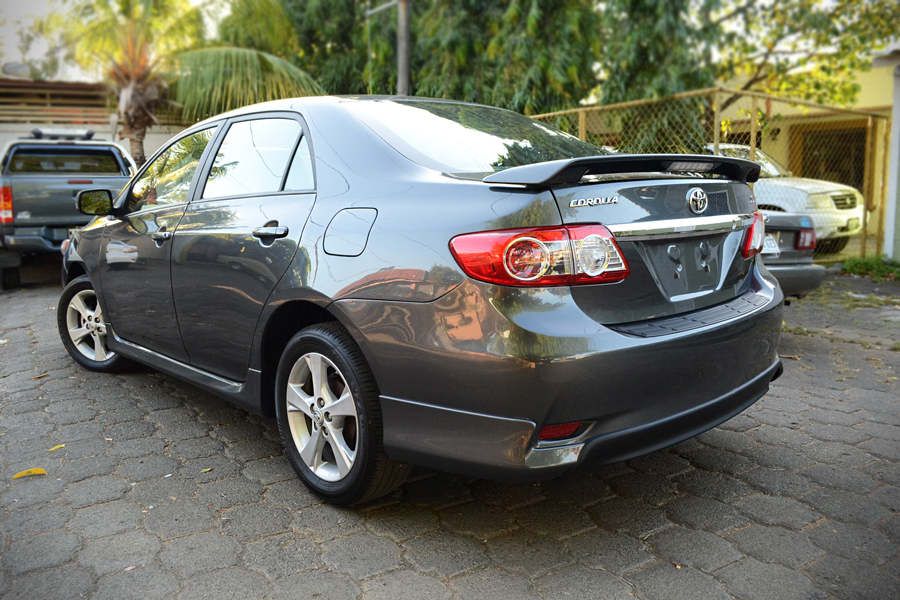 toyota corolla s 2013 flex en managua. Black Bedroom Furniture Sets. Home Design Ideas