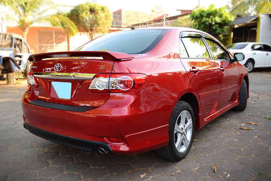 toyota corolla s 2013 full extras en managua. Black Bedroom Furniture Sets. Home Design Ideas